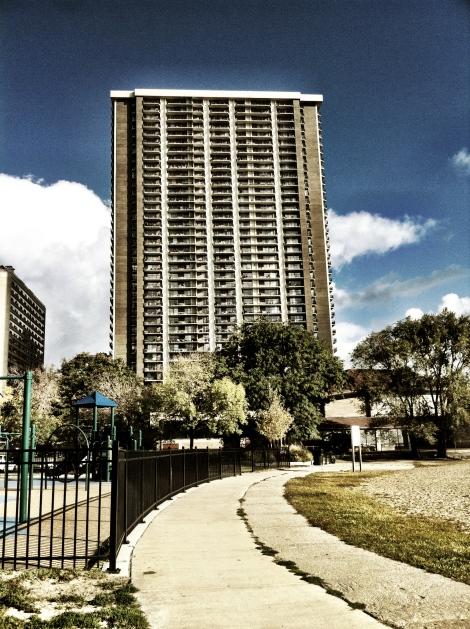 Thorndale Avenue Architecture IV